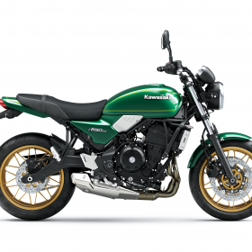 2022-Z650RS-Green-Right-Profile