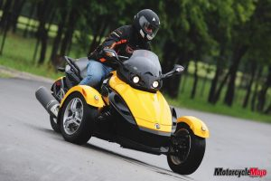 Test drive of the BRP Spyder Roadster