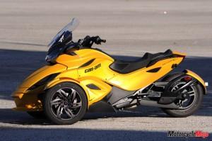 Yellow Spyder ST 2013