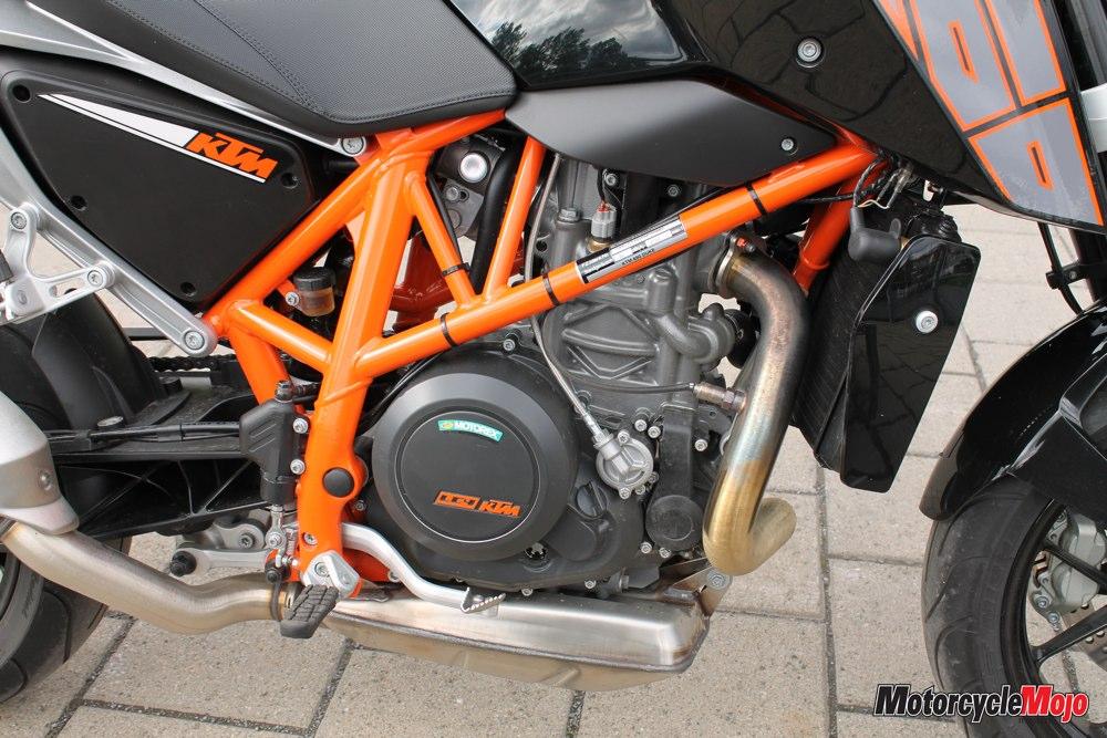 KTM Duke 690 Engine