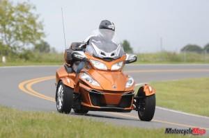 Spyder RTTR3 Test Drive