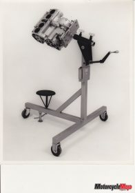 Joe Bolger engine stand