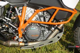 Engine of the 2017 KTM 1090 Adventure R