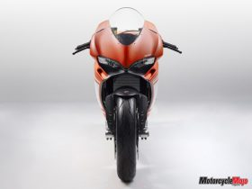 Front of the Ducati 1299 Superleggera