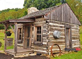 Log Home in Ohio