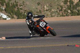 Riding a 2015 KTM Super Duke 1290R On a Highway