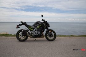 The Kawasaki Z900 ABS by the Water