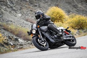 Riding on the highway with the 2017 Harley Davidson Street Rod