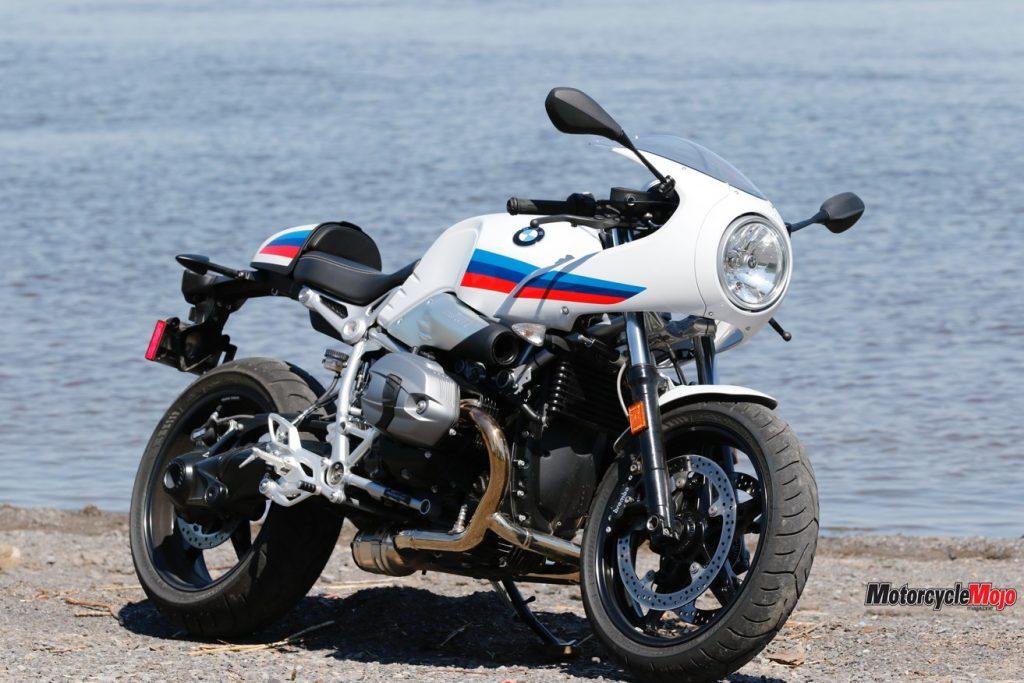 Posing The 2017 BMW R nineT Racer