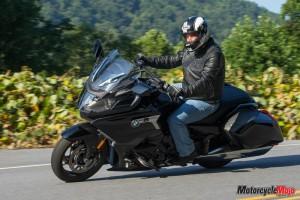 Riding on the 2018 BMW K1600B Bagger