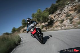 Riding In The Desert with the 2018 BMW G310GS