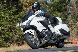 riding-with-the-2018-honda-gold-wing