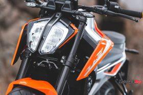 Front Lights of the 2018 KTM 790 Duke