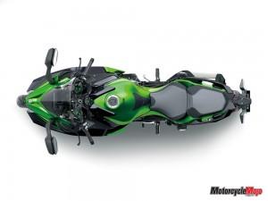 Over-Head View of the Kawasaki Ninja H2 SX SE